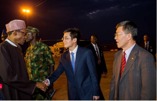 Buhari-Leaves-For-China4